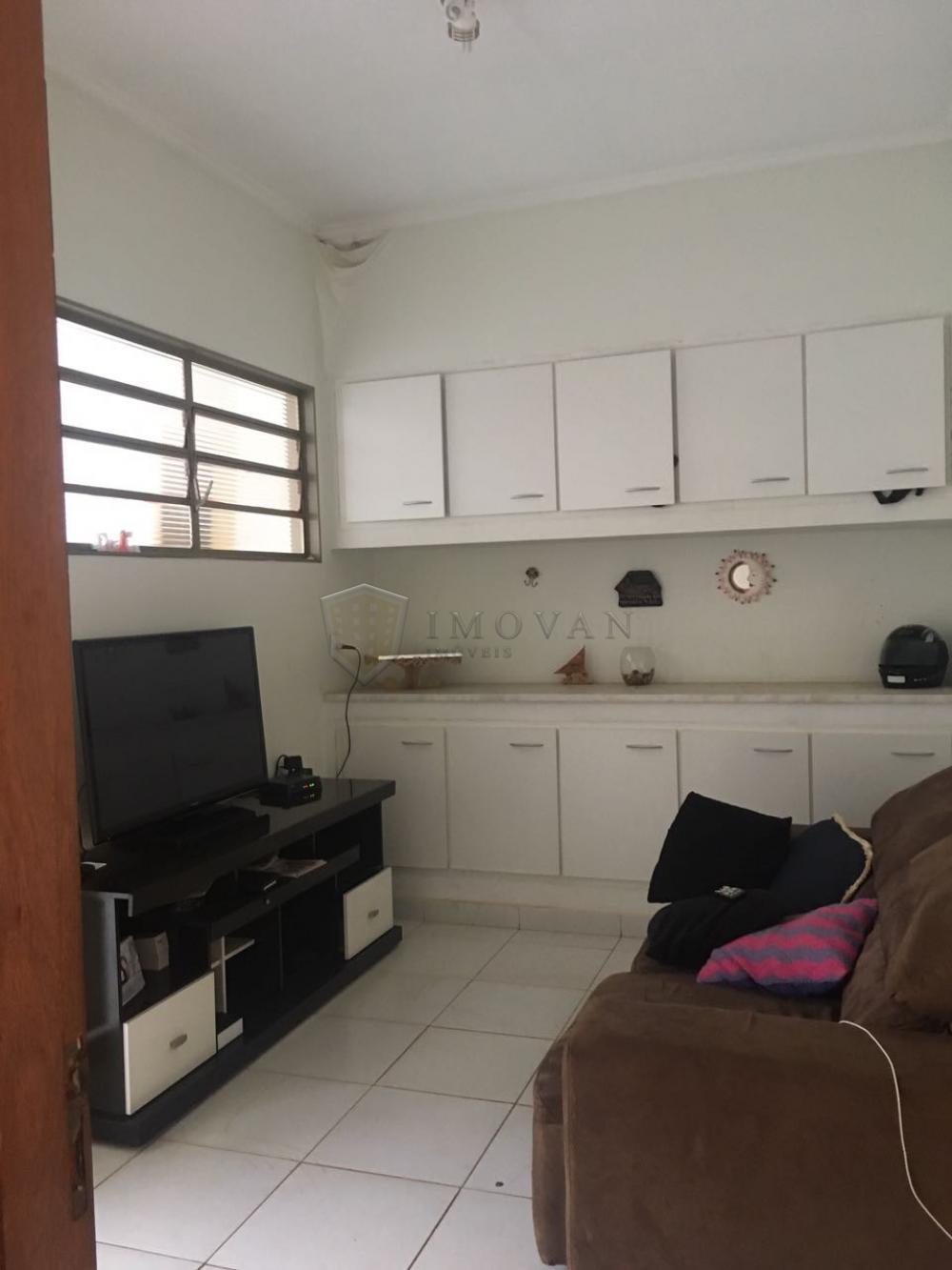 Alugar Casa / Padrão em Ribeirão Preto R$ 5.500,00 - Foto 1