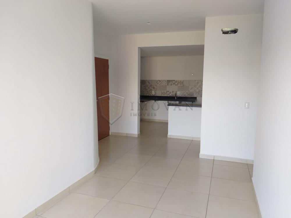 Comprar Apartamento / Padrão em Ribeirão Preto apenas R$ 270.000,00 - Foto 3