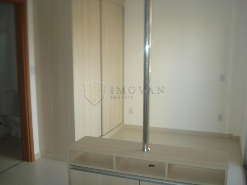 Alugar Apartamento / Flat em Ribeirão Preto R$ 650,00 - Foto 4
