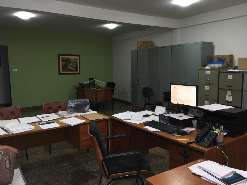 Alugar Comercial / Galpão em Ribeirão Preto R$ 39.500,00 - Foto 15