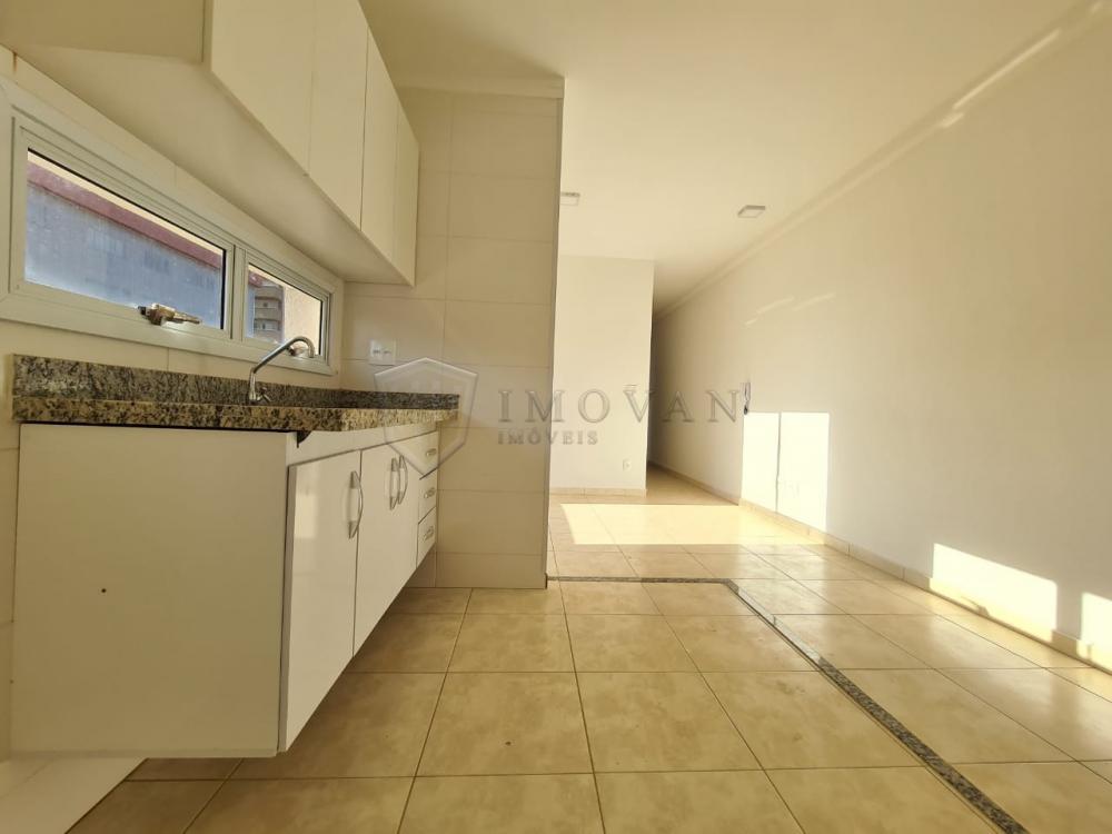 Alugar Apartamento / Padrão em Ribeirão Preto R$ 1.100,00 - Foto 4