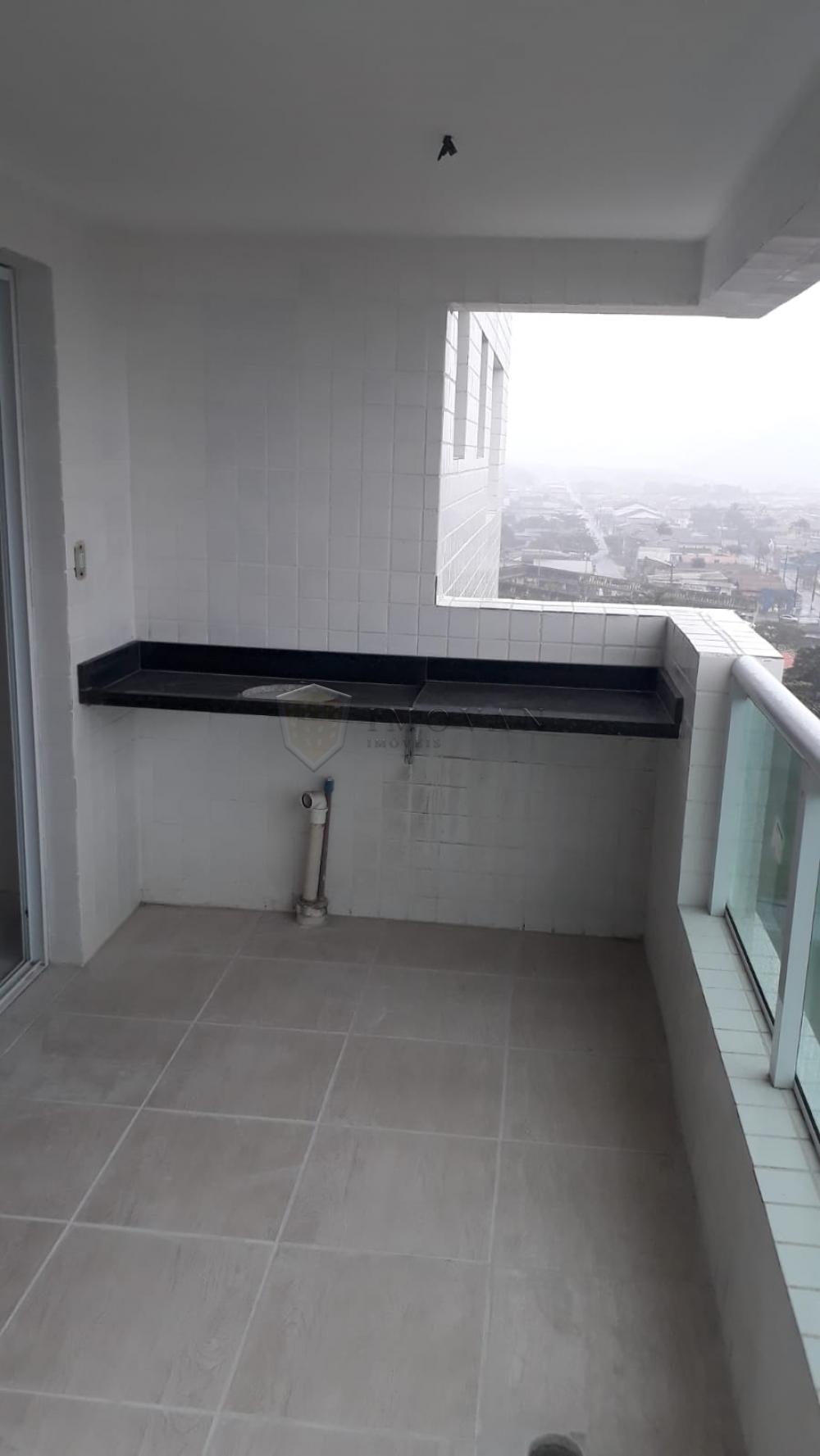 Comprar Apartamento / Padrão em Mongaguá R$ 300.000,00 - Foto 5