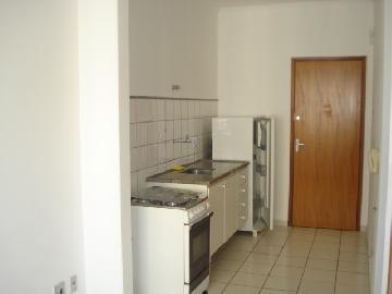 Alugar Apartamento / Kitchnet em Ribeirão Preto R$ 650,00 - Foto 9