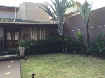 Cravinhos Centro Casa Venda R$1.350.000,00 3 Dormitorios 4 Vagas Area do terreno 600.00m2 Area construida 350.00m2