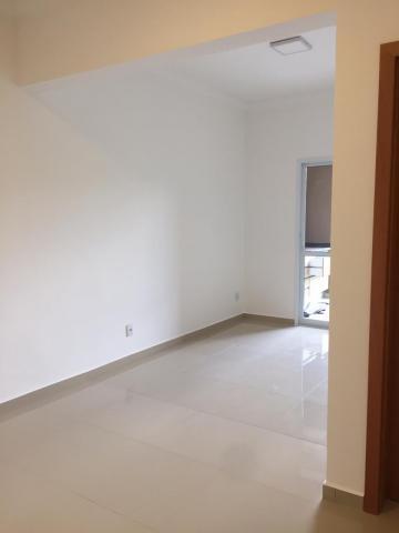 Comprar Apartamento / Padrão em Ribeirão Preto R$ 440.000,00 - Foto 3